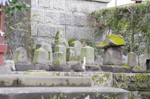 鹿児島神社の水神様たち